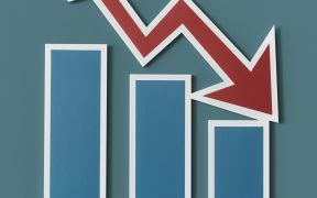 declining business report bar chart PT9BU6M70 288x180 - Biznes